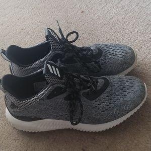 Adidas Alpha Bounce size 8.